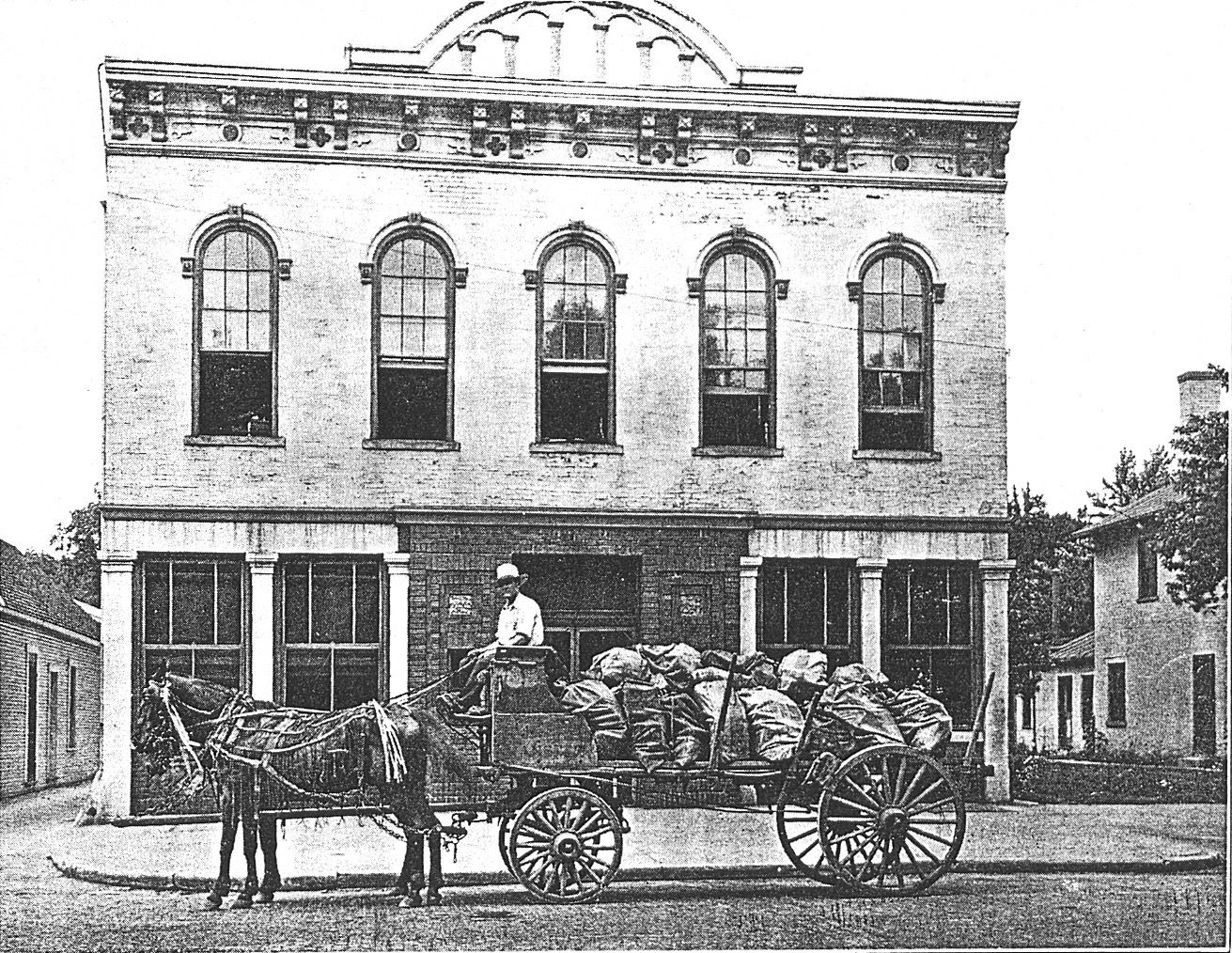 Eavey and Company Building on East Main Street